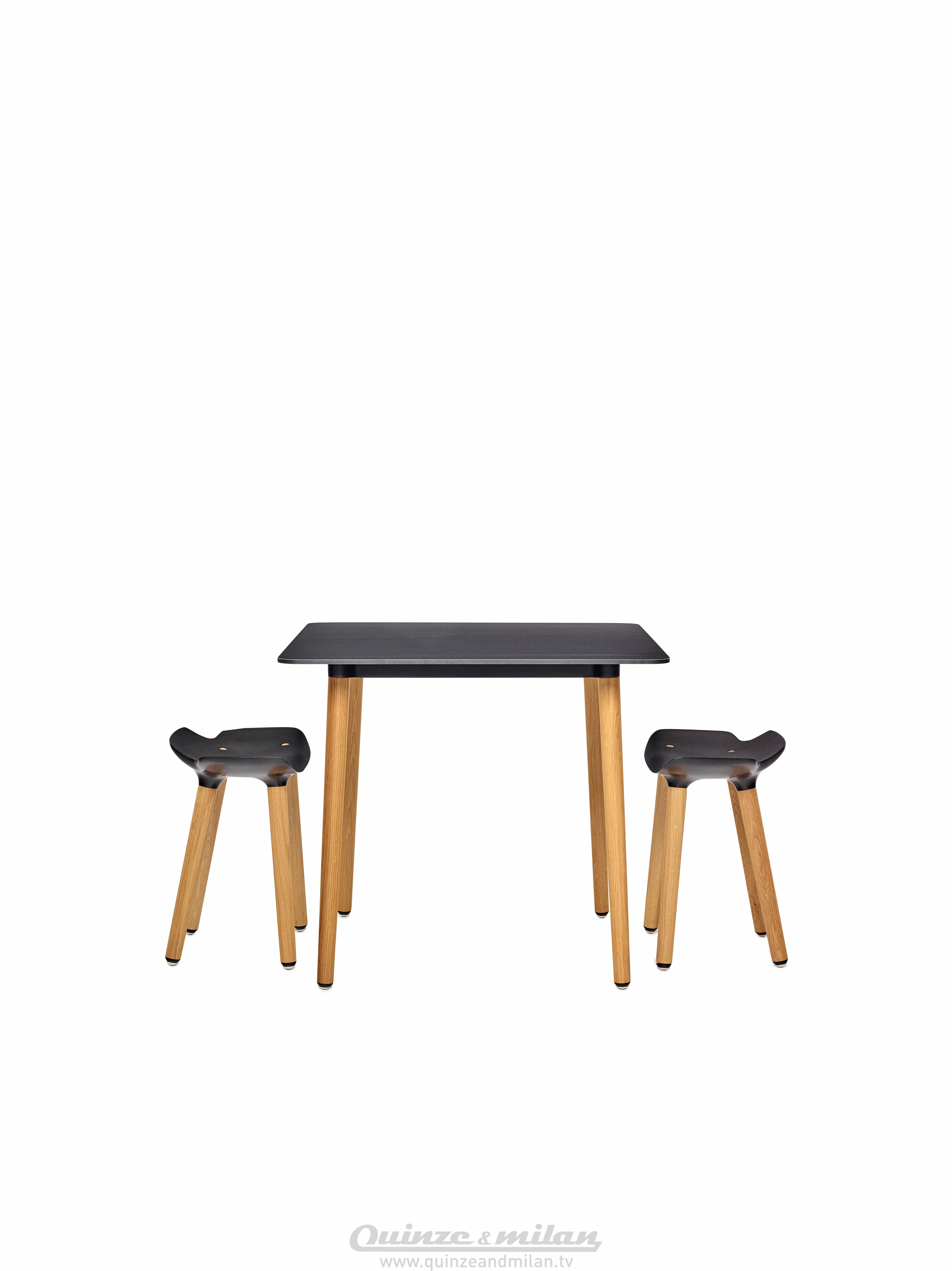 pilot table low